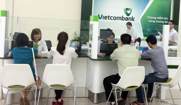 Vay tín chấp Vietcombank, lãi suất HỢP LÝ giữ chân các khách hàng